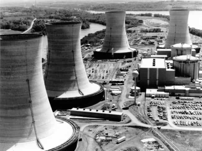 Reactor Unit Two Had Issues Fr... is listed (or ranked) 1 on the list 12 Things That Went Wrong To Cause The Three Mile Island Nuclear Meltdown