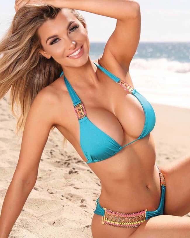 Real Teal is listed (or ranked) 12 on the list The Hottest Emily Sears Pictures
