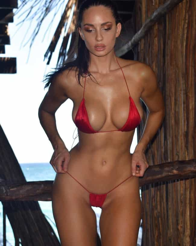 The Hottest Rosie Roff Pictures