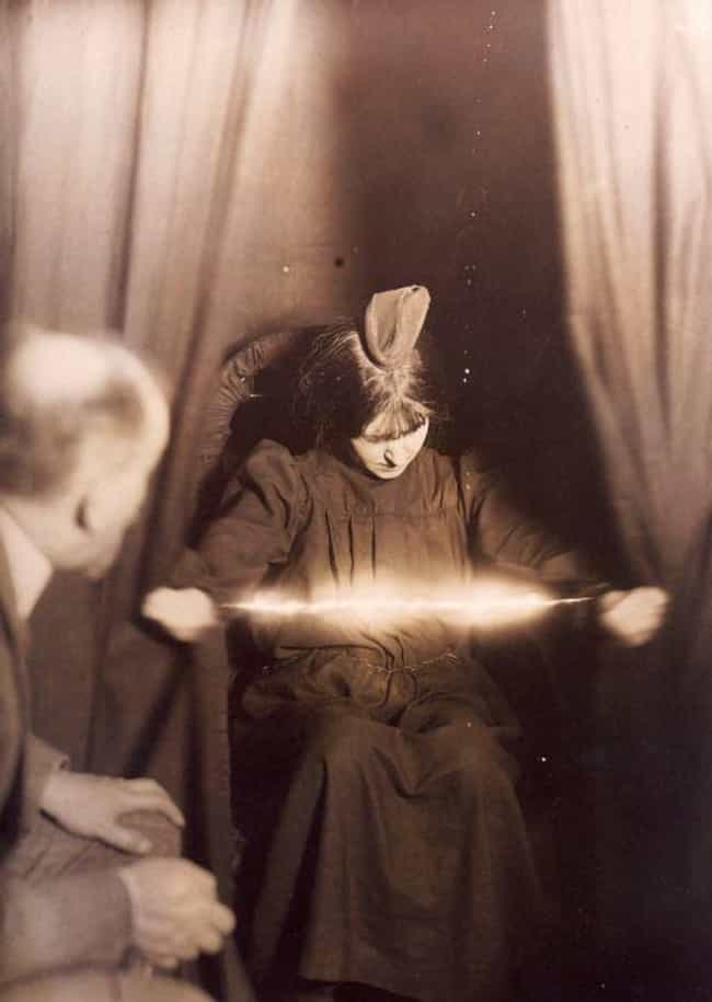 Where Do You Conduct The Seanc... is listed (or ranked) 3 on the list 12 Steps For Holding A Proper And Smashing Seance