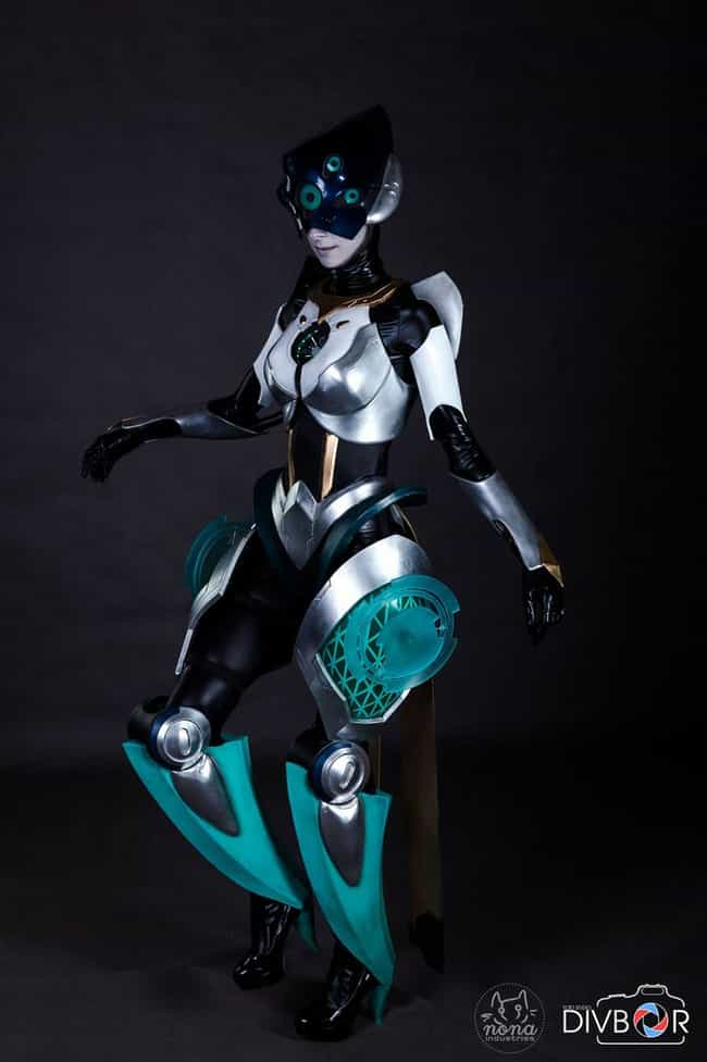 Program Camille is listed (or ranked) 4 on the list 26 League Of Legends Cosplay That Are In A League Of Their Own
