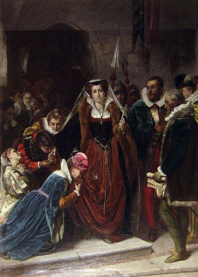 She Carried Her Little Dog Wit is listed (or ranked) 13 on the list 14 Tragic Facts About Mary, Queen of Scots, The Most Unlucky Queen In History