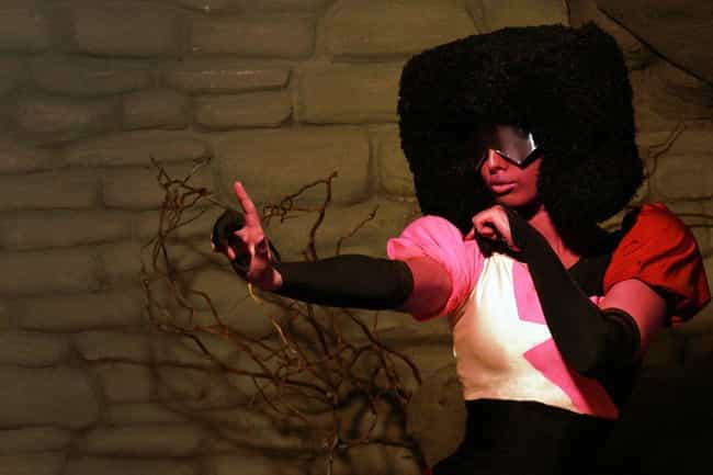 Garnet is listed (or ranked) 4 on the list 24 Cosplayers Who Have Perfected Steven Universe Characters