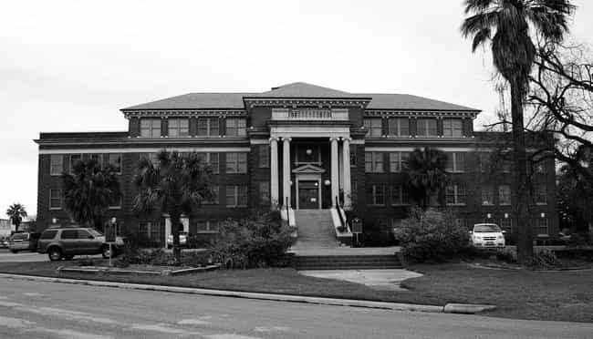The Old Jefferson Davis ... is listed (or ranked) 2 on the list 14 Nightmarish Ghost Stories From Houston, Texas