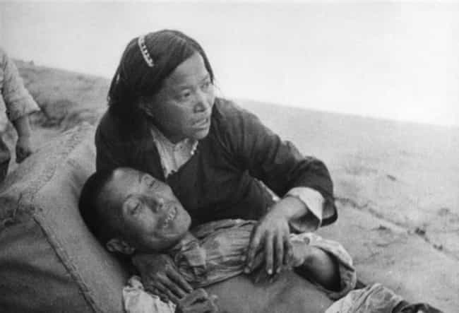 Chinese Woman With Her D... is listed (or ranked) 2 on the list 30 Haunting Photographs From The Second Sino-Japanese War