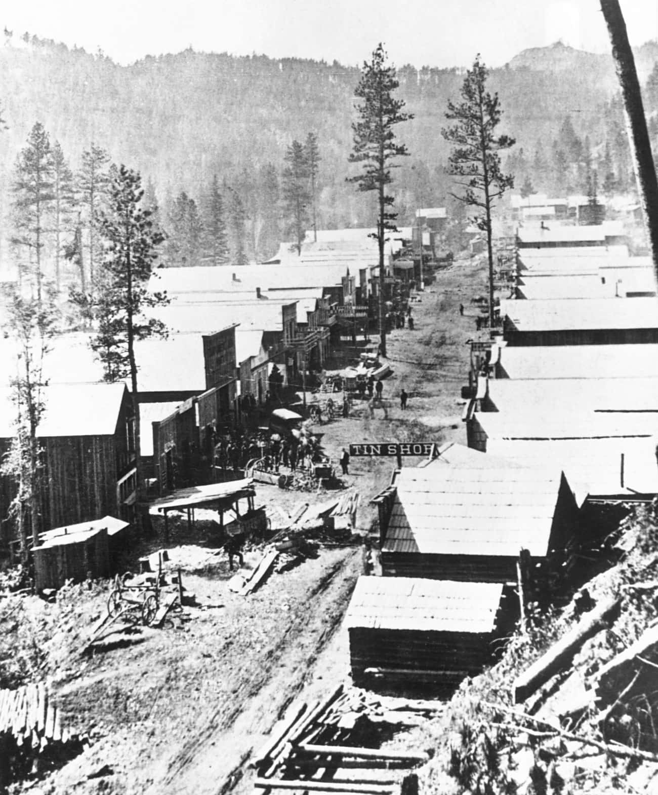 The Town Of Deadwood, Dakota T is listed (or ranked) 1 on the list 25 Fascinating Photos And Illustrations From Gold Rushes