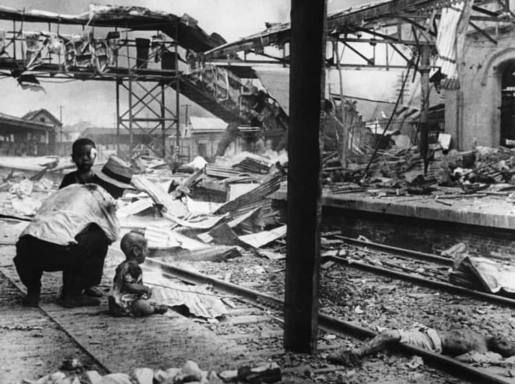 The Shanghai South Station Bombing Left Nearly All Dead, 1937