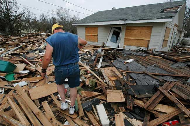 Trying To Sort Through The Mes... is listed (or ranked) 4 on the list 28 Sobering Pictures Of Hurricane Katrina's Aftermath