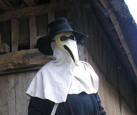 Random Horrifying Things Most People Don't Know About Plague Doctors