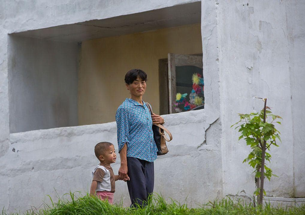 North Korean Mother And Child on Random Pictures Of Rural Life In North Korea