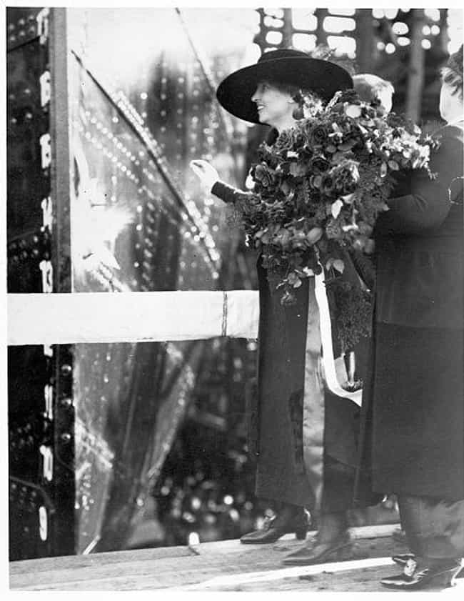 Helen Keller Christens A Ship ... is listed (or ranked) 2 on the list 17 Incredible And Hilarious Pictures Of Los Angeles From The Early 1900s