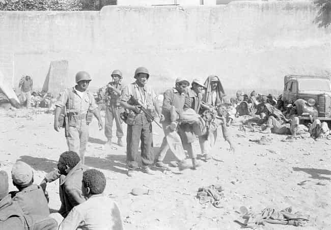 Israeli Soldiers Occupy ... is listed (or ranked) 3 on the list 21 Historic Photos From The Suez Crisis