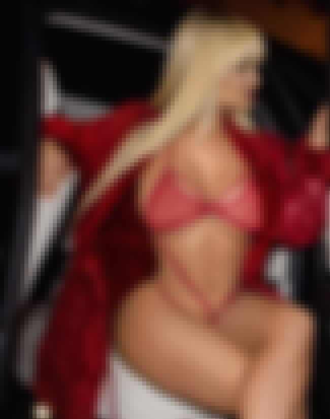 Open The Robe is listed (or ranked) 3 on the list The Hottest Jessica Kylie Pictures