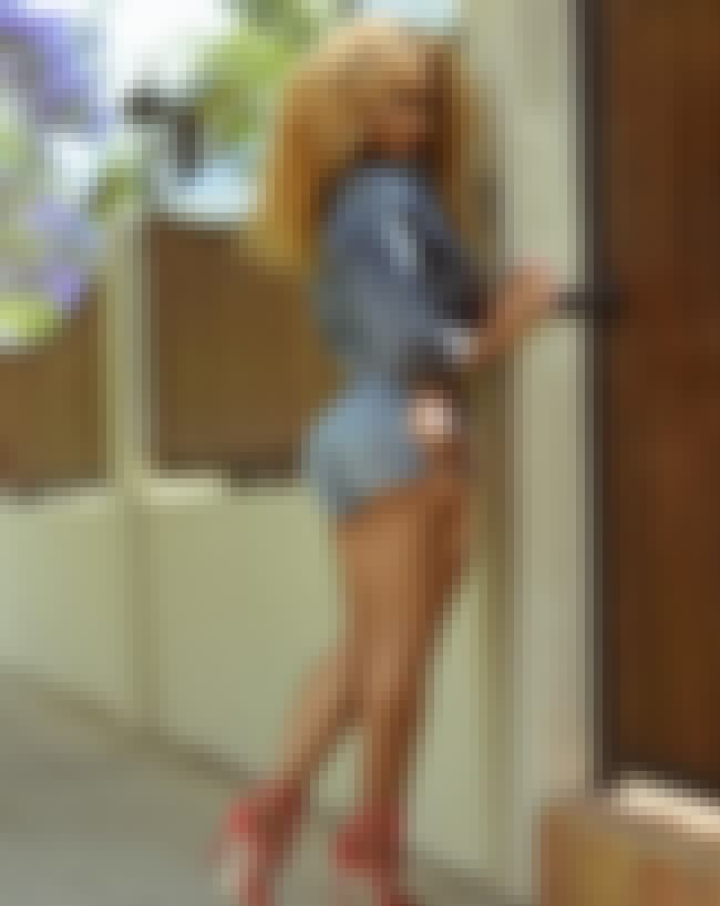 Let Me In is listed (or ranked) 3 on the list The Hottest Rosa Acosta Pictures