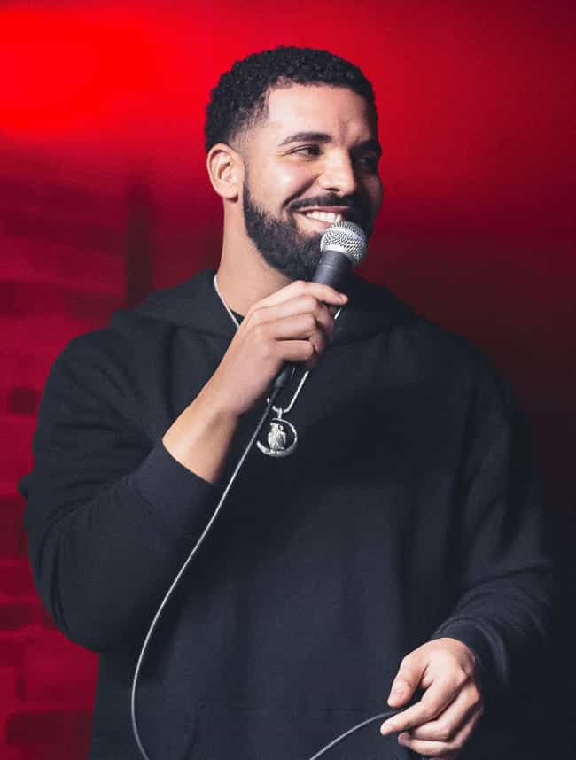 Drake is listed (or ranked) 4 on the list Zoe Kravitz Loves and Hookups