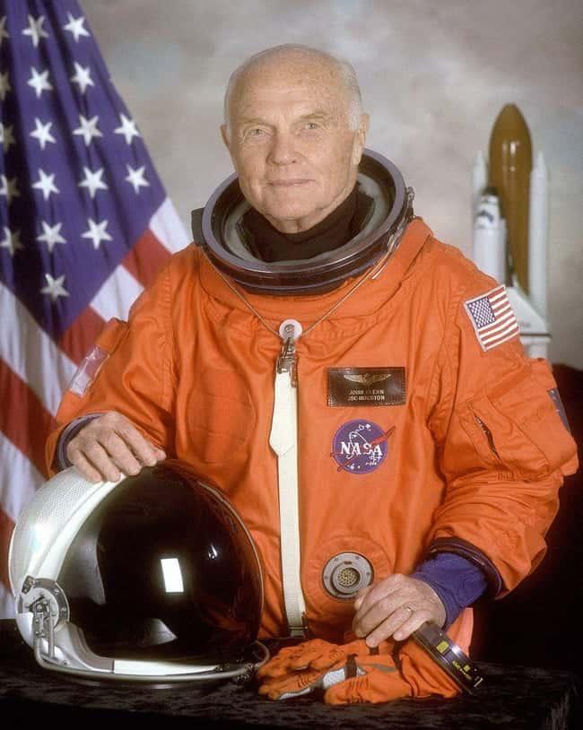 Hal-hal Aneh yang di lihat Astronot di Luar Angkasa.