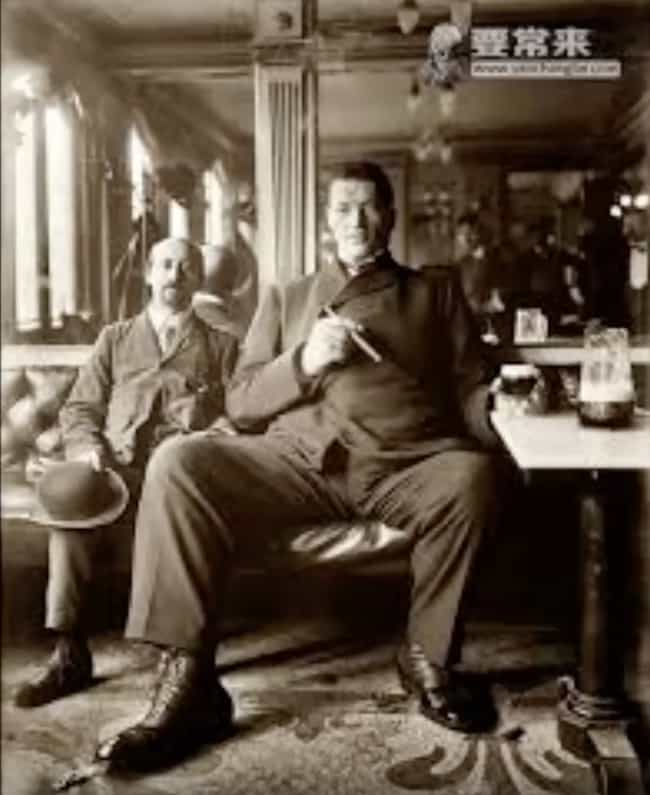 He Kept Growing, Even Af... is listed (or ranked) 3 on the list The Bizarre Saga of Adam Rainer, the Only Person Ever To Be A Dwarf And A Giant