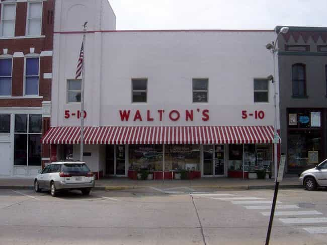 John Walton Died In A Pl... is listed (or ranked) 7 on the list Meet The Waltons: The Richest, Weirdest, And Most Infuriating Family In America