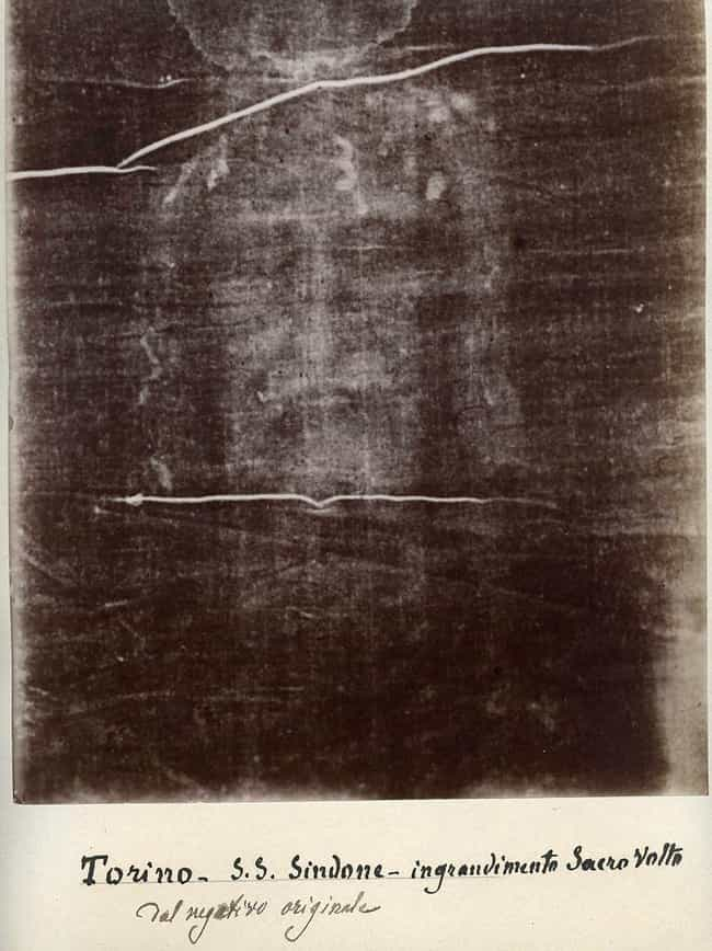 New Blood Evidence Sugge... is listed (or ranked) 1 on the list Alleged Evidence That The Shroud Of Turin Was Used To Bury Jesus