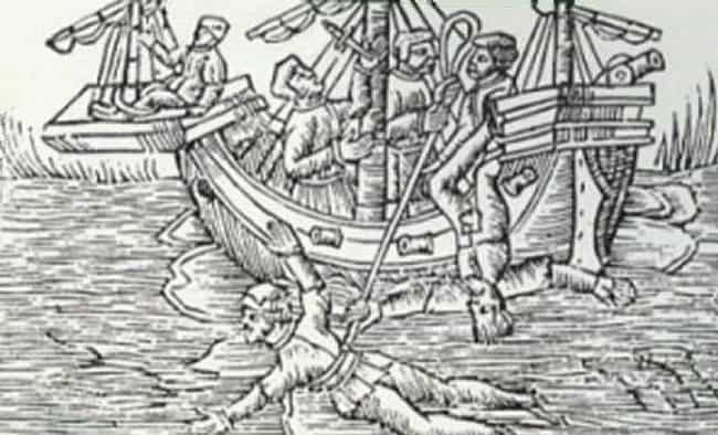 The Drop Into The Water Could ... is listed (or ranked) 4 on the list A Step-By-Step Walk-Through Of Keelhauling, One Of The Most Horrific Punishments Ever Devised