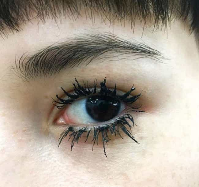 Clumpy Mascara is listed (or ranked) 4 on the list Most Ridiculous Beauty Trends Of All Time