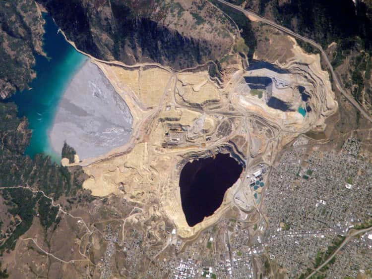 The Berkeley Pit Is A Toxic Hole Taller Than The Empire State Building