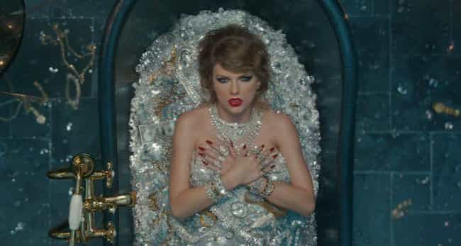 She References Her Sexua... is listed (or ranked) 1 on the list Taylor Swift's 'Look What You Made Me Do' Video Is Full Of Easter Eggs Calling Out Her Enemies