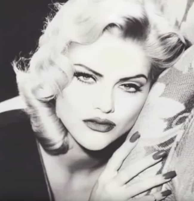 Her Bodyguard Claimed Th... is listed (or ranked) 2 on the list The Details Surrounding Anna Nicole Smith's Death Are Still Murky - And The Theories Haven't Stopped