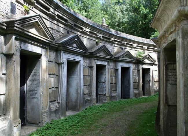 A Psychic Sleepwalker Ma... is listed (or ranked) 5 on the list On Friday The 13th, 1970, A Mass Of Londoners Hunted A 'King Vampire' In Highgate Cemetery