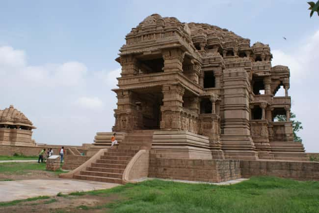A 9th-Century Temple In Gwalio is listed (or ranked) 6 on the list The History Of The Number 0