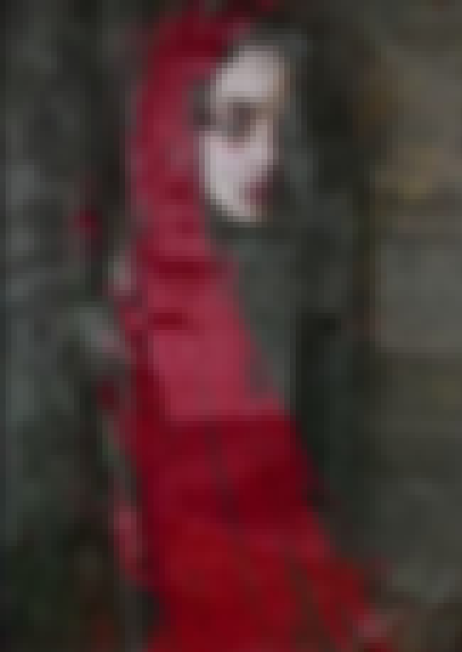 The Red Lady Haunted The Castl... is listed (or ranked) 2 on the list Families Killed Each Other At Leap Castle, A Centuries-Old Paranormal Hot Spot