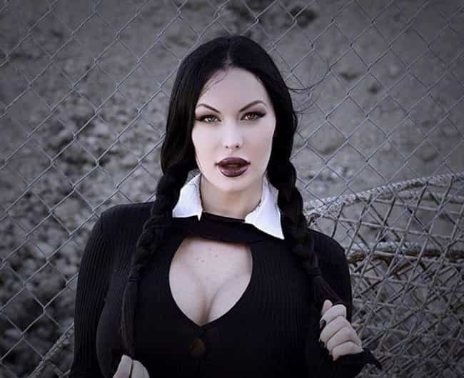 "If You Look Up ""Wei... is listed (or ranked) 1 on the list Weirdly Sexy Wednesday Addams Cosplays That Will Make You Feel Uncomfortable (In A Good Way)"