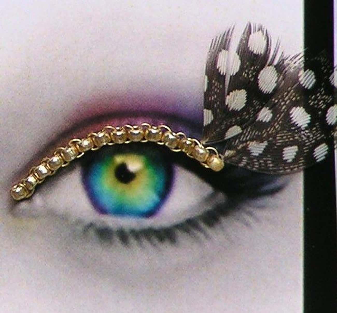 Bring The Bling With 24K Gold  is listed (or ranked) 3 on the list People Are Gluing Objects To Their Eyelids For The Perfect Instagram Photo