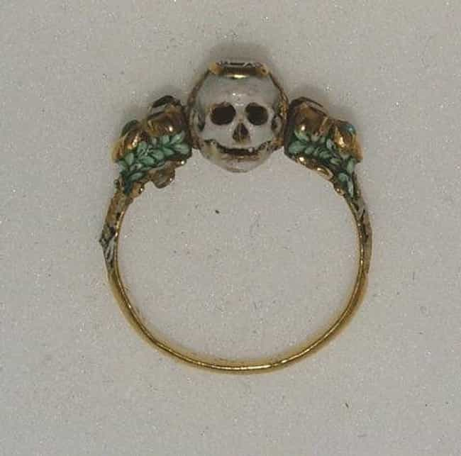 17th-Century Memento Mori Ring is listed (or ranked) 4 on the list Super Weird And Interesting Historical Artifacts That Will Mesmerize You