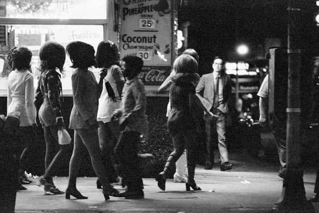 Streetwalkers Looked For Johns is listed (or ranked) 2 on the list A Harrowing Peek Through The Grimy, Crime-Infested Streets of 1970s New York City
