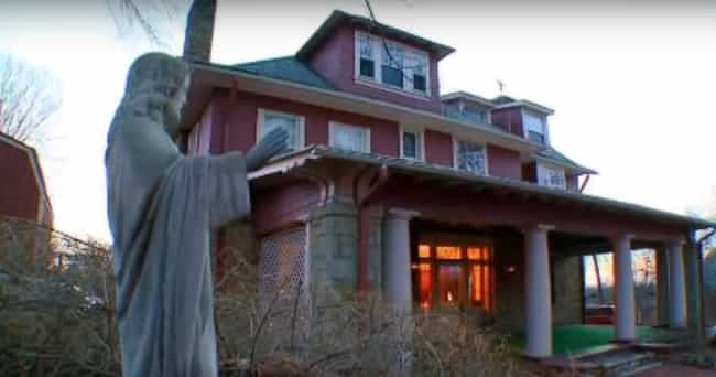 How Did The House Become Curse... is listed (or ranked) 1 on the list There Is Hard Evidence A Demon Has Been Terrorizing A House In Pittsburgh, PA For The Past 20 Years
