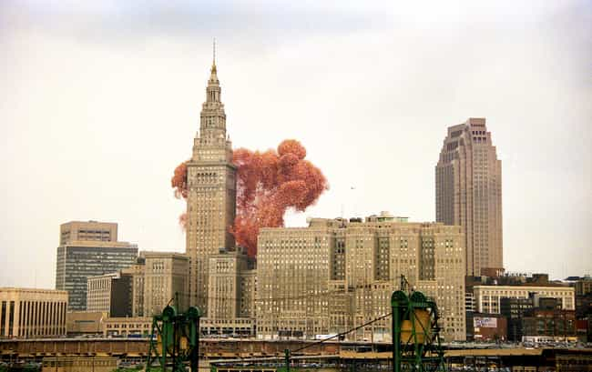 Balloonfest '86 Was A Fu... is listed (or ranked) 2 on the list The Aftermath Of When Cleveland Launched 1.5 Million Balloons Into The Air