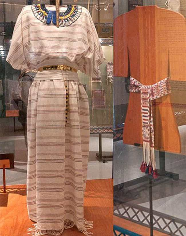 The Tunic And Sash Combo is listed (or ranked) 1 on the list 12 Stunning Garments Re-created From Piles Of King Tut's 3,400-Year-Old Laundry