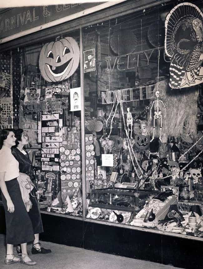 Checking Out Some Spooky... is listed (or ranked) 4 on the list 16 Photos That Show What Halloween Looked Like In The 1950s