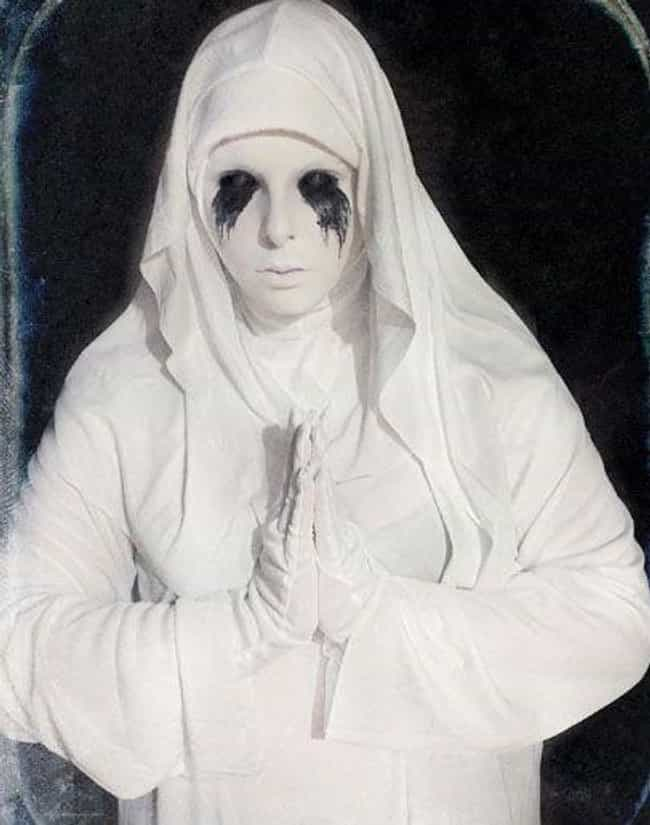 The White Nun From 'Asyl... is listed (or ranked) 3 on the list Halloween Costumes For The Most Hardcore Of 'American Horror Story' Fans