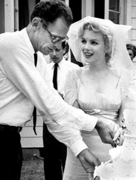 Marilyn Monroe And Arthur Miller - New York, 1956 on Random Rarely Seen Photos Of Old Hollywood Legends On Their Wedding Day