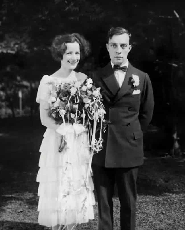 22 Rarely Seen Photos Of Old Hollywood Legends On Their Wedding Day