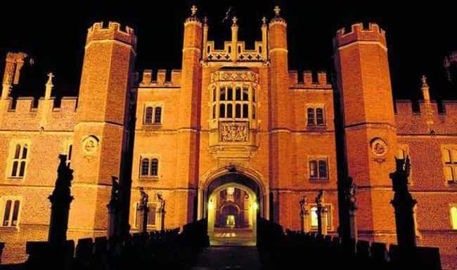 Hampton Court Palace Mig... is listed (or ranked) 4 on the list These 10 Creepy Cases Prove Paranormal Research Isn't Always A 'Pseudo-Science'