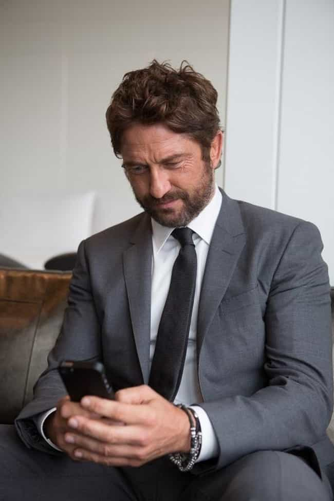 Gerard Butler Took Photos Of T... is listed (or ranked) 4 on the list Epic Ways Celebs Have Clapped Back At Invasive Paparazzi Photos