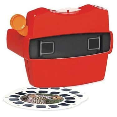 ViewMaster Boxed Set is listed (or ranked) 1 on the list Retro Toys For Your Friend That Can't Stop Thinking About 'The Good Old Days'