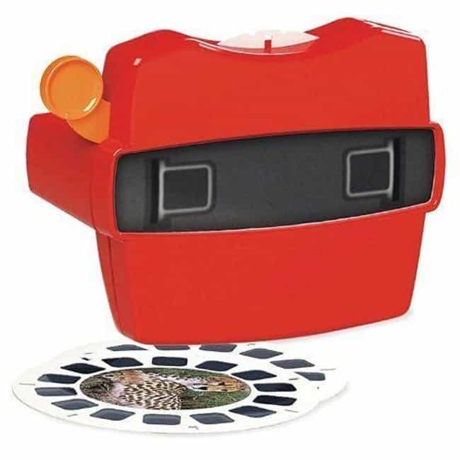 ViewMaster Boxed Set is listed (or ranked) 2 on the list Retro Toys For Your Friend That Can't Stop Thinking About 'The Good Old Days'