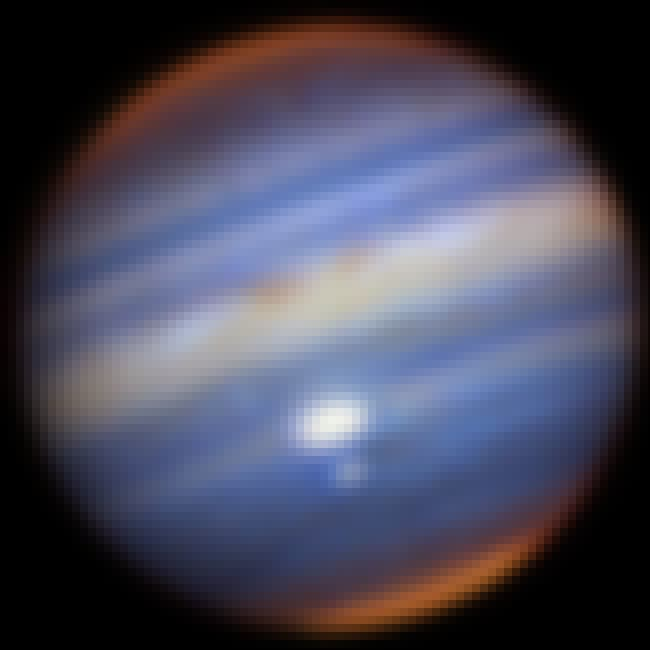 When Storms Nearly Collide is listed (or ranked) 3 on the list This Visual Tour Of Jupiter Shows The Gas Giant In All Its Jovian Glory