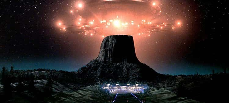 """""""Night Skies"""" Was To Be A Spiritual Successor To """"Close Encounters"""""""
