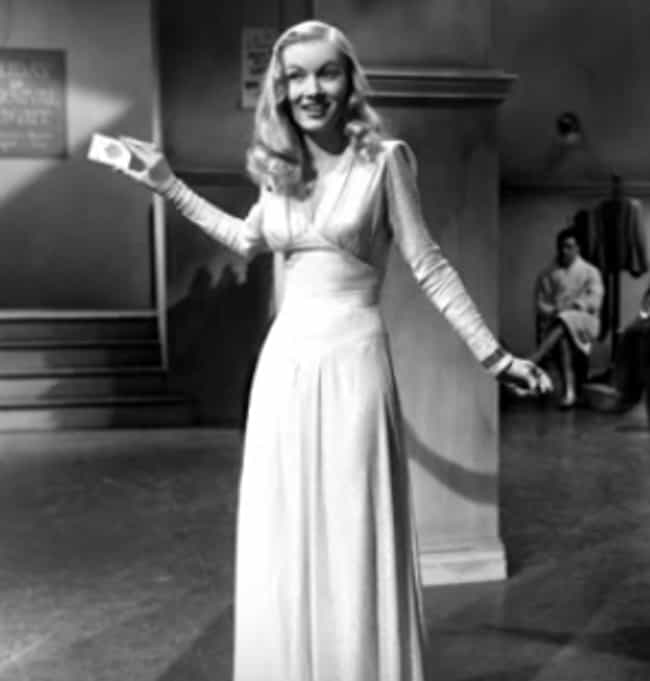 She Suffered From Schizo... is listed (or ranked) 3 on the list Why Veronica Lake Was The Ultimate Femme-Fatale Of The '40s