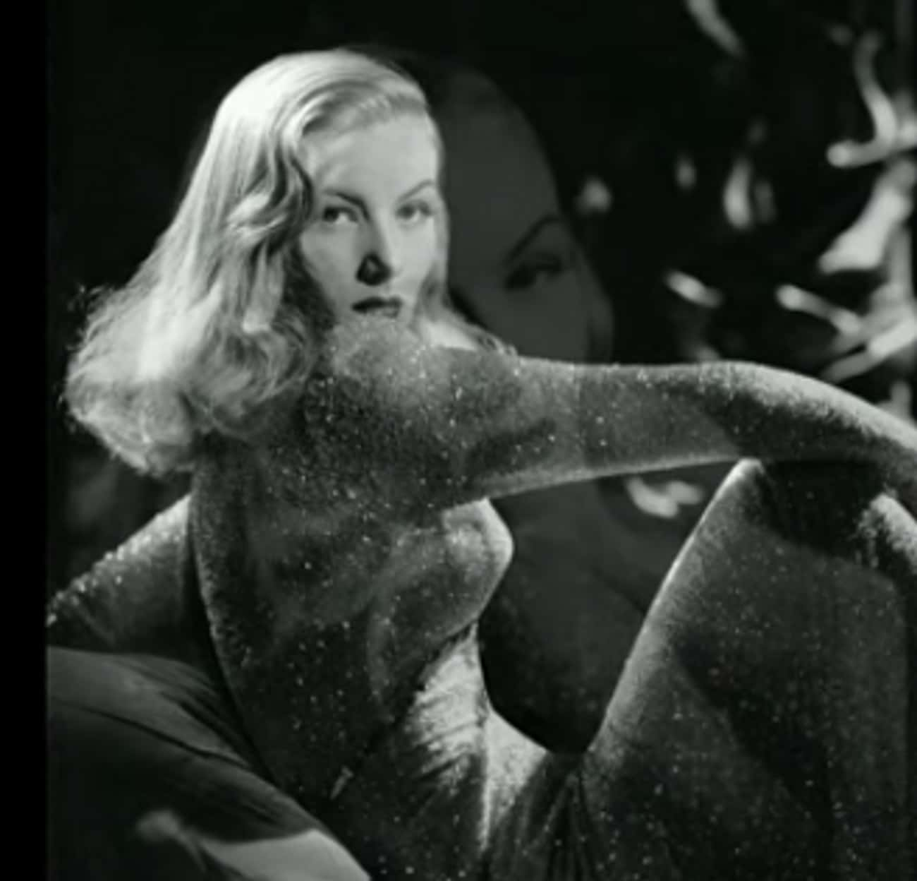 An On-Set Accident Led To The  is listed (or ranked) 1 on the list Why Veronica Lake Was The Ultimate Femme-Fatale Of The '40s